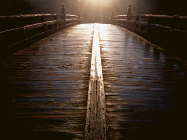 伊勢神宮写真集 光る橋